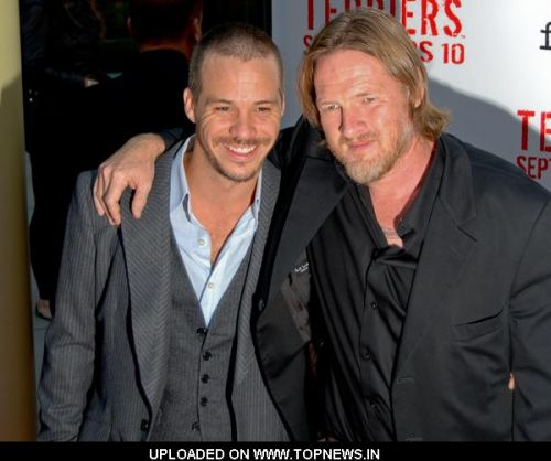 """Donal Logue at """"Terriers"""" Hollywood Premiere - Arrivals"""