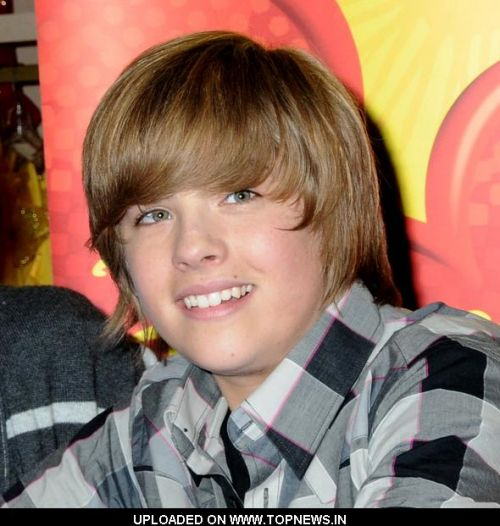 http://www.topnews.in/files/images/Dylan-Sprouse3.preview.jpg