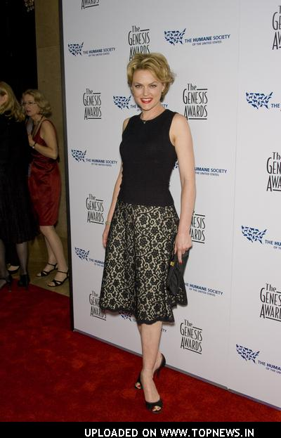 Elaine Hendrix at 22nd Genesis Awards - Arrivals
