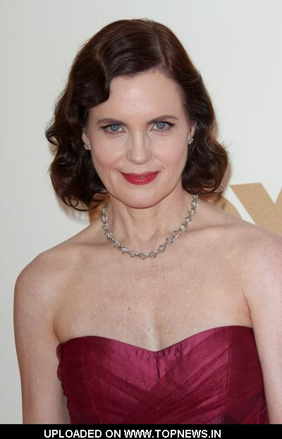 Elizabeth McGovern  at  63rd Annual Primetime Emmy Awards - Arrivals