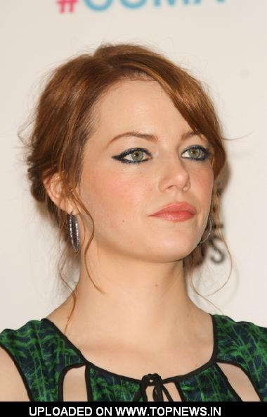 Emma Stone at 17th Annual Critics Choice Movie Awards - Press Room