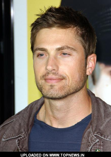 Eric Winter - Wallpaper Colection