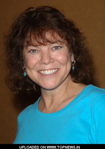 Erin Moran at 2009 Summer Hollywood Show - day 1