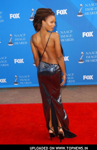 Eva Pigford at The 39th NAACP Image Awards - Arrivals