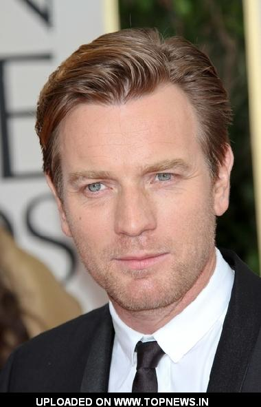 Ewan McGregor at 69th Annual Golden Globe Awards - Arrivals