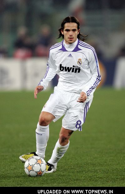 Fernando Gago at AS Roma Vs. Real Madrid - UEFA Champions League - February 19, 2008