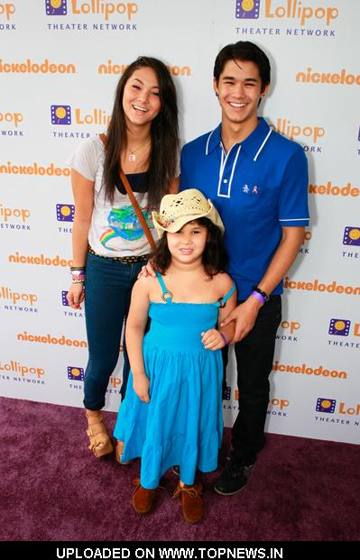 Fivel Stewart and BooBoo Stewart at Lollipop Theater Network 3rd Annual Game Day at Nickelodeon Animation Studios - Arrivals