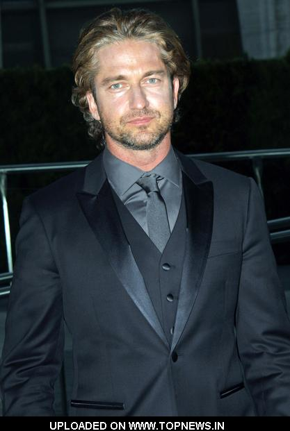 Gerard Butler at 2011 CFDA Fashion Awards - Cocktails