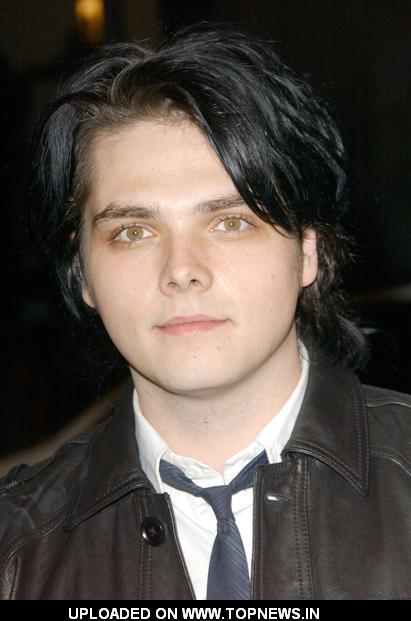 Gerard Way Hair Evolution | Braidedhairstyles.us ...