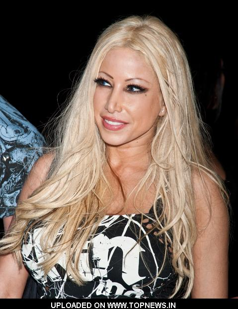 Gina Lynn Arriving At Celebrity Wrestling  At The Pennant East In Bellmawr On May