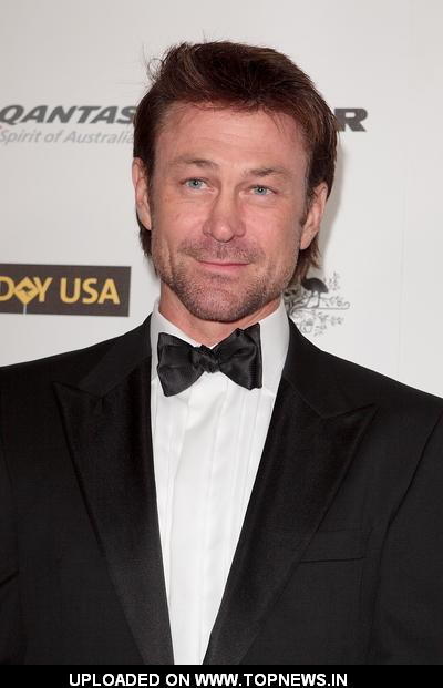 Grant Bowler at 2011 G'Day USA Los Angeles Black Tie Gala - Arrivals