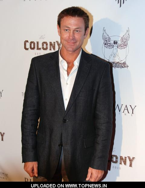 Grant Bowler at Runway Magazine Fall 2010 Issue Party - Arrivals