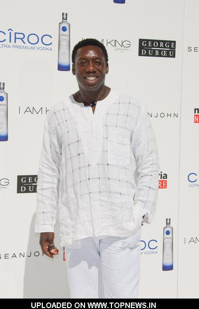 "Hakeem Kae-Kazim at Sean ""Diddy"" Combs, Ashton Kutcher and Malaria No More Host the Annual White Party"