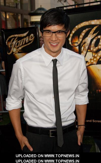 Ficha del otro asiatico Harry-Shum%20Jr2