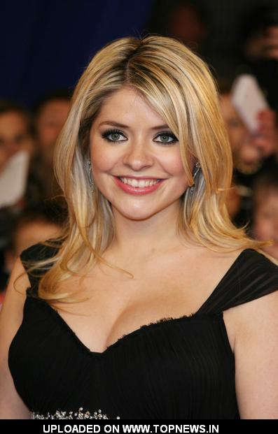 Holly Willoughby at  National Television Awards 2011 - Arrivals