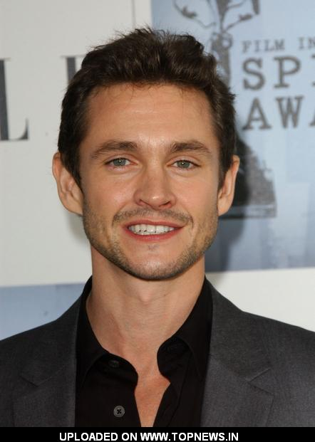 Hugh Dancy at 2009 Film Independent Spirit Awards - Arrivals