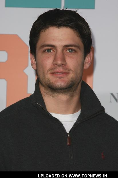 James Lafferty - Photos Hot