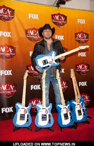 Jason Aldean at American Country Awards 2011 - Press Room