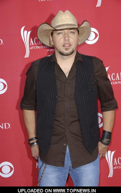 Jason Aldean at 44th Annual Academy of Country Music Awards - Arrivals