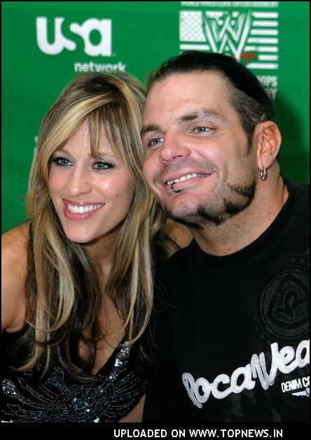http://www.topnews.in/files/images/Jeff-Hardy9.jpg
