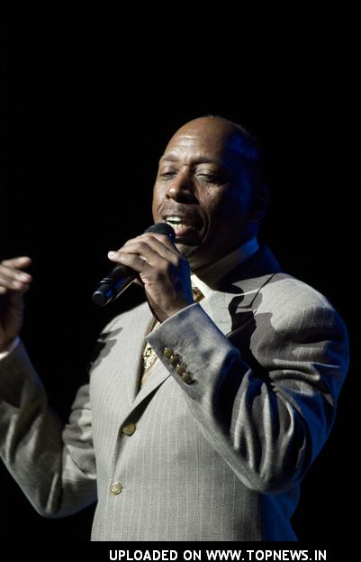 "Jeffrey Osborne in Concert ""Can You Woo Woo woo?"""