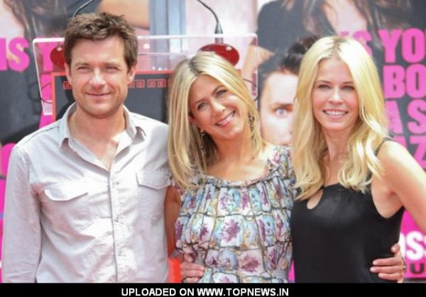 Jason Bateman and Chelsea Handler at Jennifer Aniston Hand and Footprint Ceremony at Grauman's Chinese Theatre