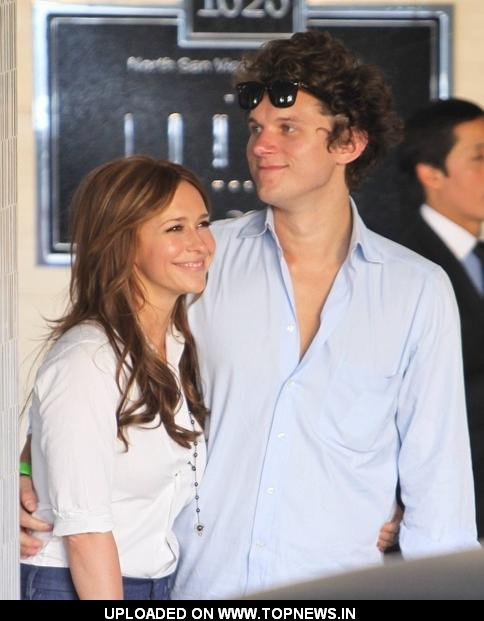 2011 Jennifer Love Hewitt and Alex Beh