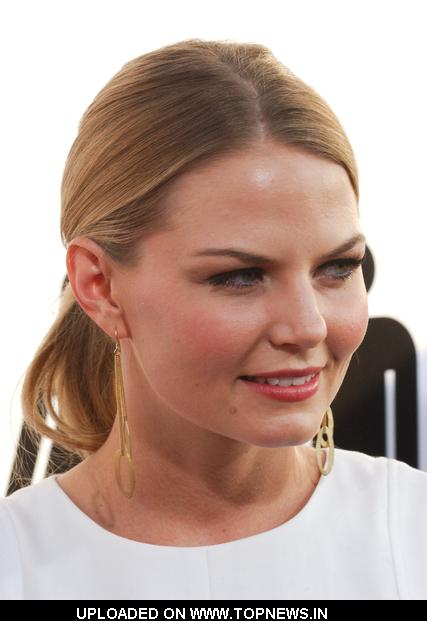 "Jennifer Morrison  at ""The Ugly Truth"" Los Angeles Premiere - Arrivals"