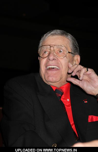 16th Annual NBS Scholarship Gala NBA Scholarship Dinner - Jerry Lewis Receives the Nevada Broadcasters'