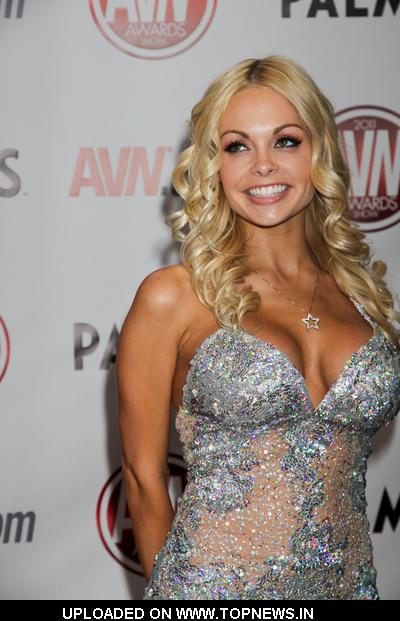 Jesse Jane at 2011 AVN Awards Show - Arrivals