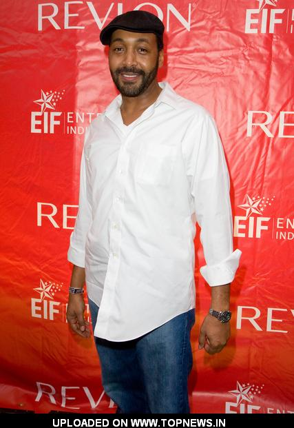 Jesse L Martin at 13th Annual EIF Revlon Run/Walk for Women
