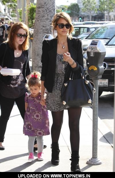 Jessica Alba Shopping In Beverly Hills With Daughter Honor Marie - January
