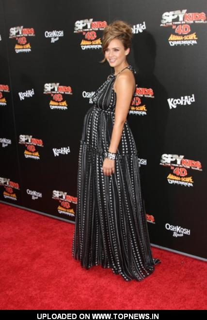 Pregnant Jessica Alba Glows at 'Spy Kids' Premiere
