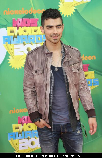 Joe Jonas at Nickelodeon's 24th Annual Kids' Choice Awards - Arrivals