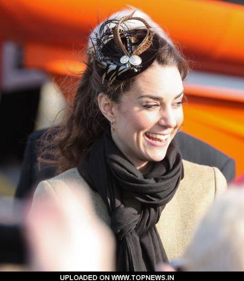 kate middleton lifeboat. Kate Middleton Visit a Royal