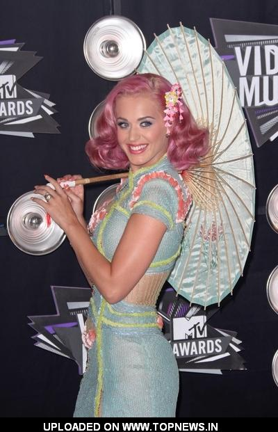 Katy Perry at 2011 MTV Video Music Awards - Arrivals