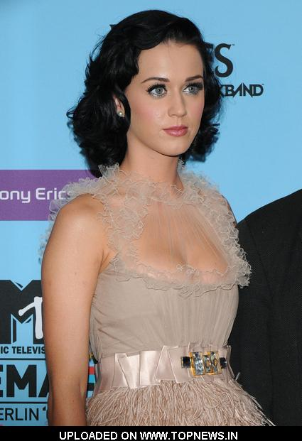 Katy Perry at MTV Europe Music Awards 2009-Press Conference