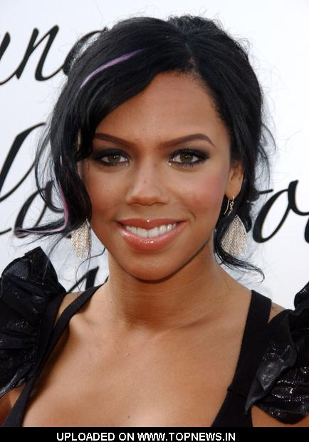 kiely williams michelle williams related