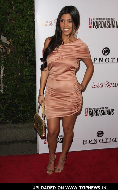 Kourtney kardashian at keeping up with the kardashians - Keeping up with the kardashians show order ...