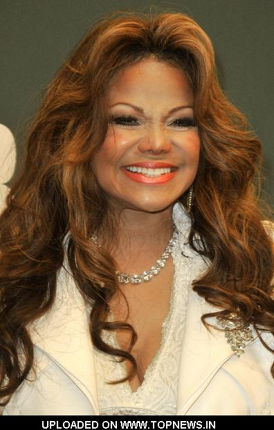 "La Toya Jackson ""Starting Over"" Book Signing at Barnes & Noble in Los Angeles"