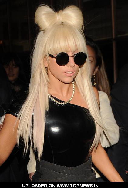 http://www.topnews.in/files/images/Lady-GaGa2.jpg