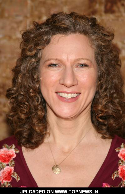 Laurie Berkner at Little Airplane Productions Kidscreen Summit ...