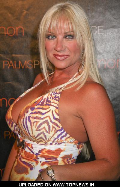 LindaHogan.2jpg Linda Hogan Brooke And Linda Hogan Stand Out In Bright Colors And Bare