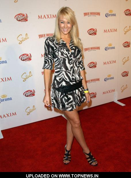 Lisa Gleave  at  Maxim's Hot 100 - Arrivals