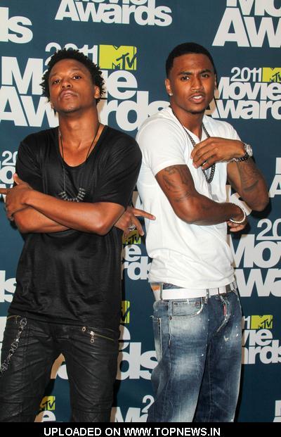 trey songz 2011 mtv movie awards. Lupe Fiasco and Trey Songz at 2011 MTV Movie Awards - Press Room
