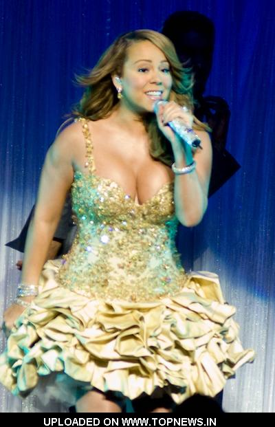 Mariah Carey in Concert at The Chicago Theatre