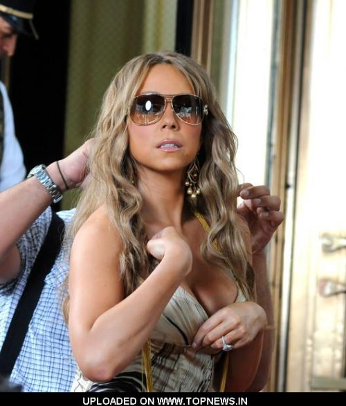 "Mariah Carey on the Set of Her New Music Video ""Obsessed"" at the Plaza Hotel in New York on June 29, 2009"