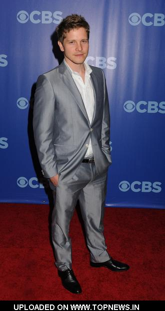 Matt Czuchry at 2010 CBS Upfronts - Arrivals