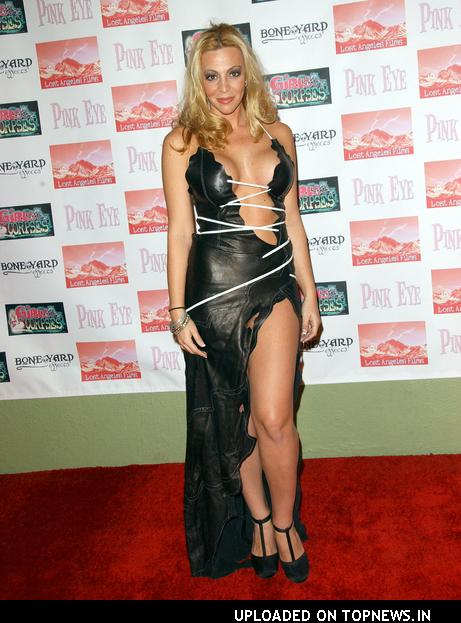 Melissa R. Bacelar naked 454