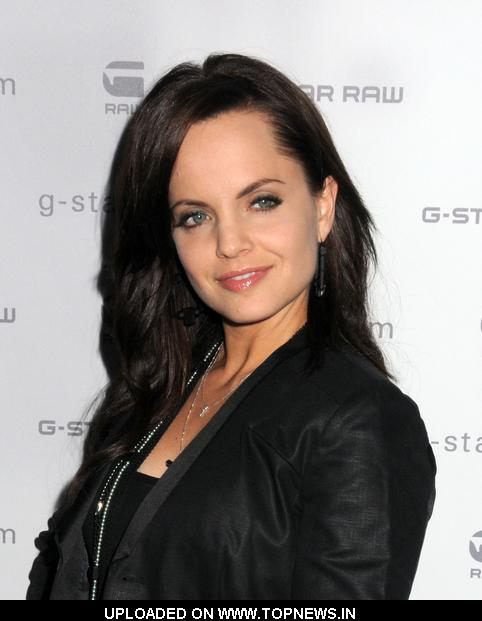Mena Suvari at G-Star Raw Fall/Winter 2010 Collection - Arrivals